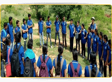 Various team-building activities played by students during their visit to Makalidurga